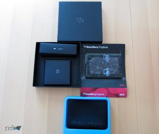 Erstes BlackBerry Playbook Unboxing mit deutschen Video