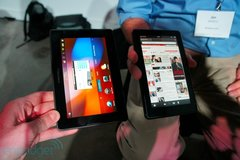 amazon-kindle-fire-vs-playbook-2