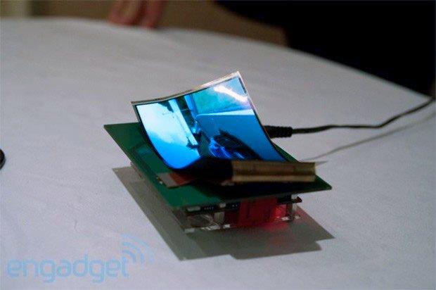 Samsung zeigt flexibles 5.5 Zoll HD-Display auf der CES 2013