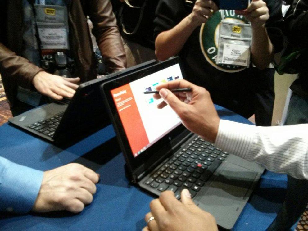 Lenovo ThinkPad Helix: Windows 8 Convertible Tablet mit Full HD Display und Intel Core Prozessor- Update: Hands-On Videos