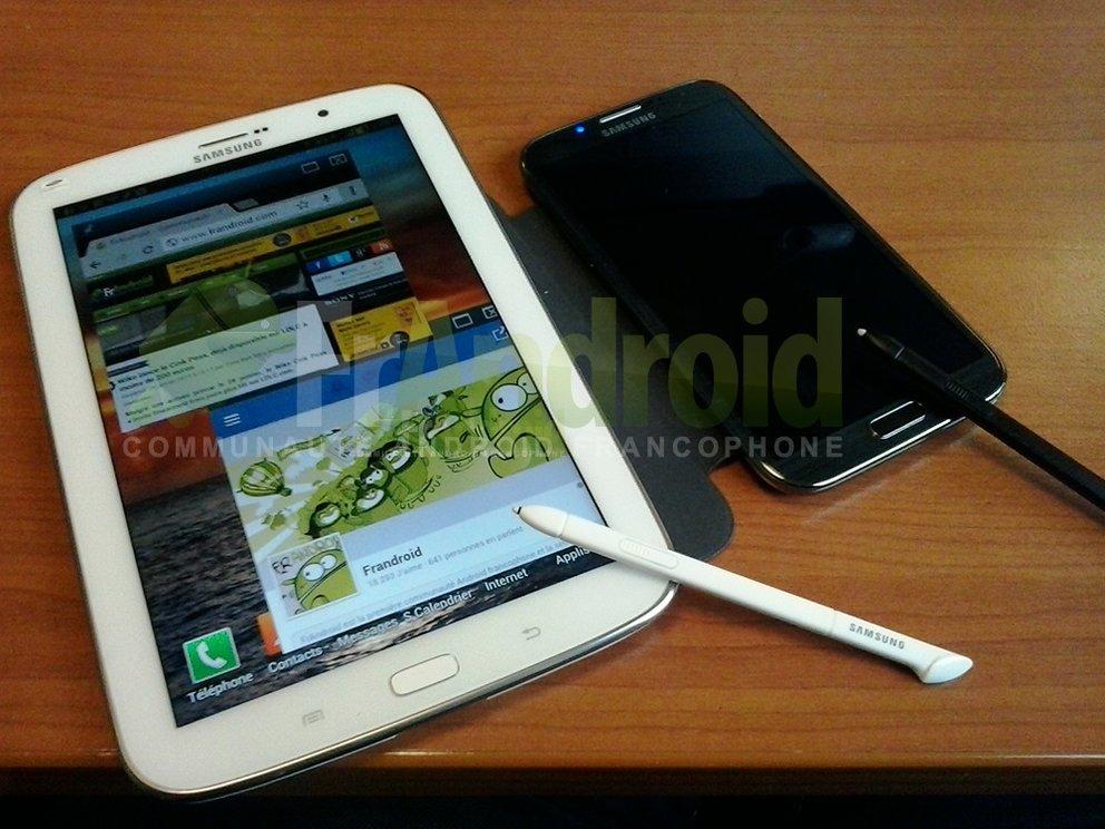 Samsung Galaxy Note 8.0 auf neuem Foto direkt neben dem Note 2 zu sehen