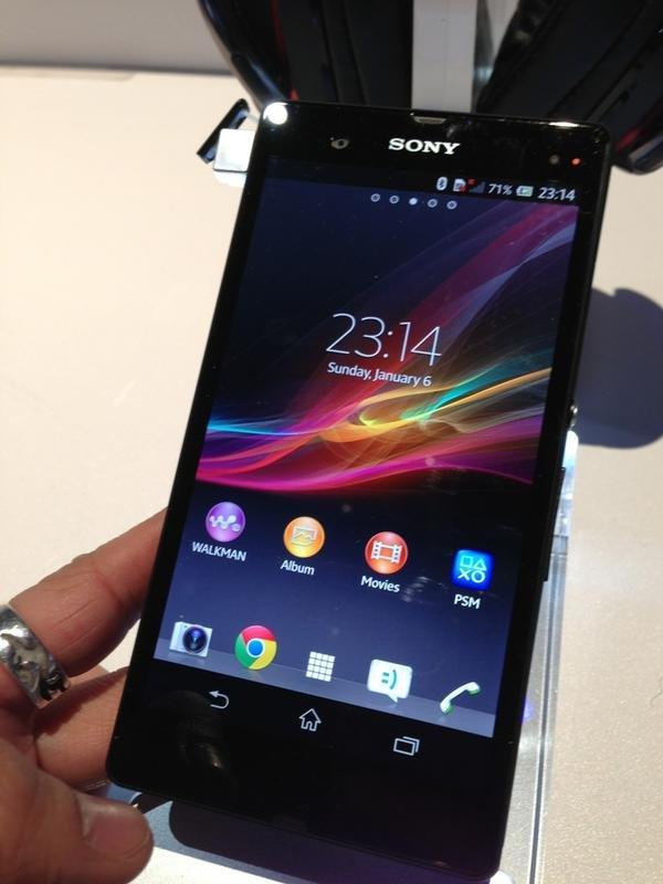 Sony Xperia Z in Schwarz, Weiß und Violett - Bereits auf der CES 2013 gesichtet