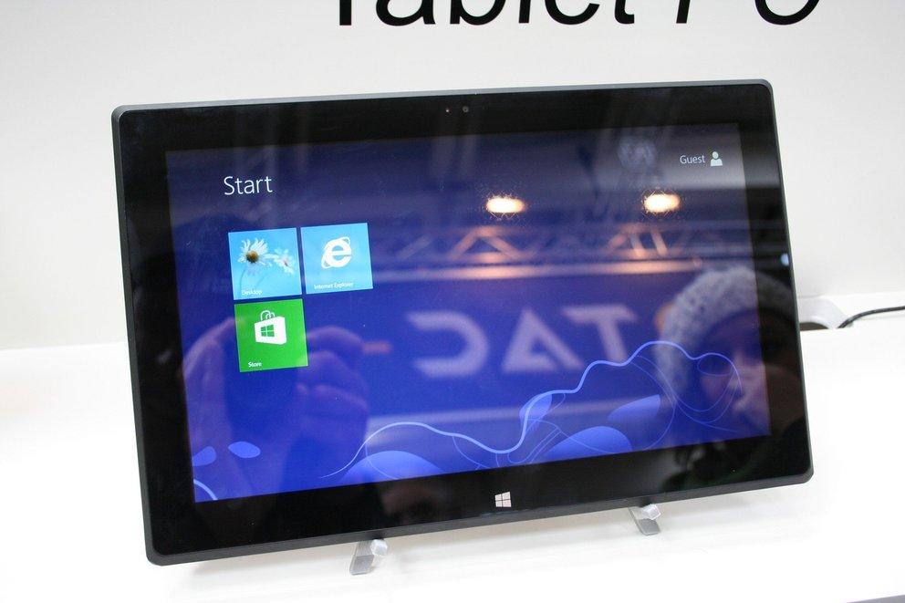 Günstiger Microsoft Surface Pro Klon von HKC auf der CeBIT 2013 entdeckt