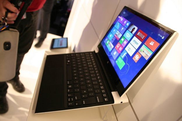 Intel North Cape 13,3 Zoll Tablet Prototyp mit Haswell-CPU und Tastatur-Dock im Video