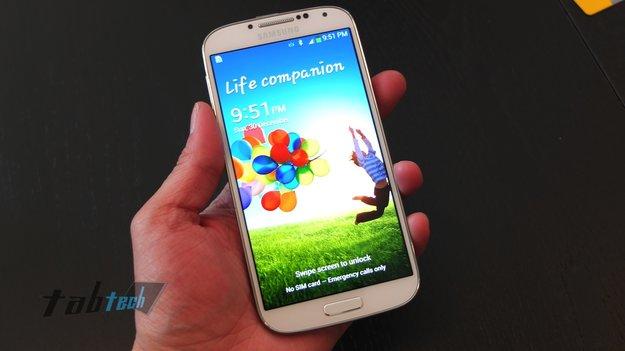 Samsung Galaxy S IV und S View Cover in unseren Unboxing und Hands-On Videos