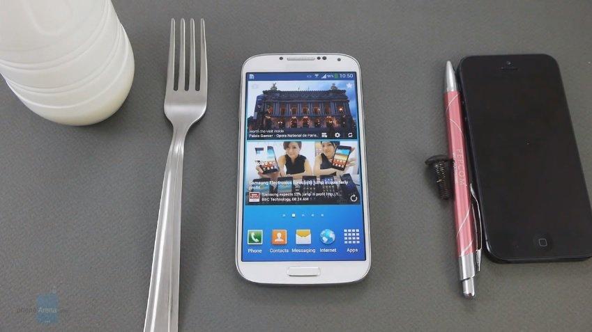 Samsung Galaxy S4 Display reagiert auch auf Schrauben, Kulis oder Joghurtbecher