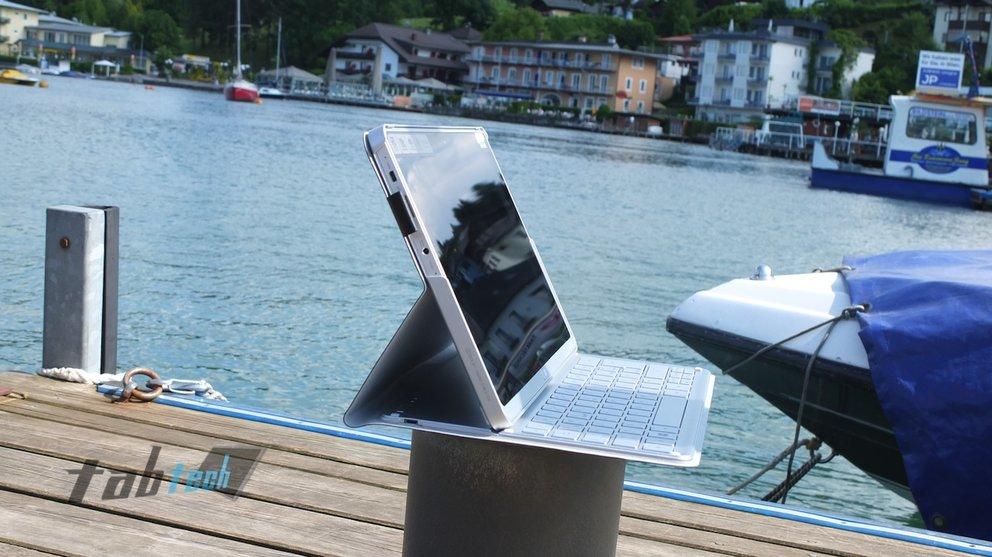 Acer Aspire P3 Case Seite