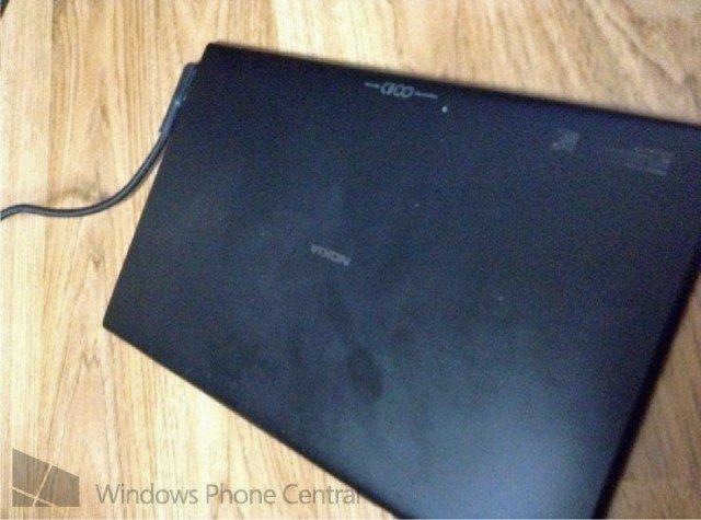 Nokia Windows RT Tablet auf ersten Fotos