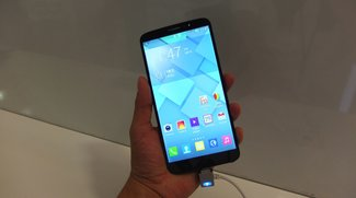 Alcatel One Touch Hero mit E-Ink Cover im Hands-On