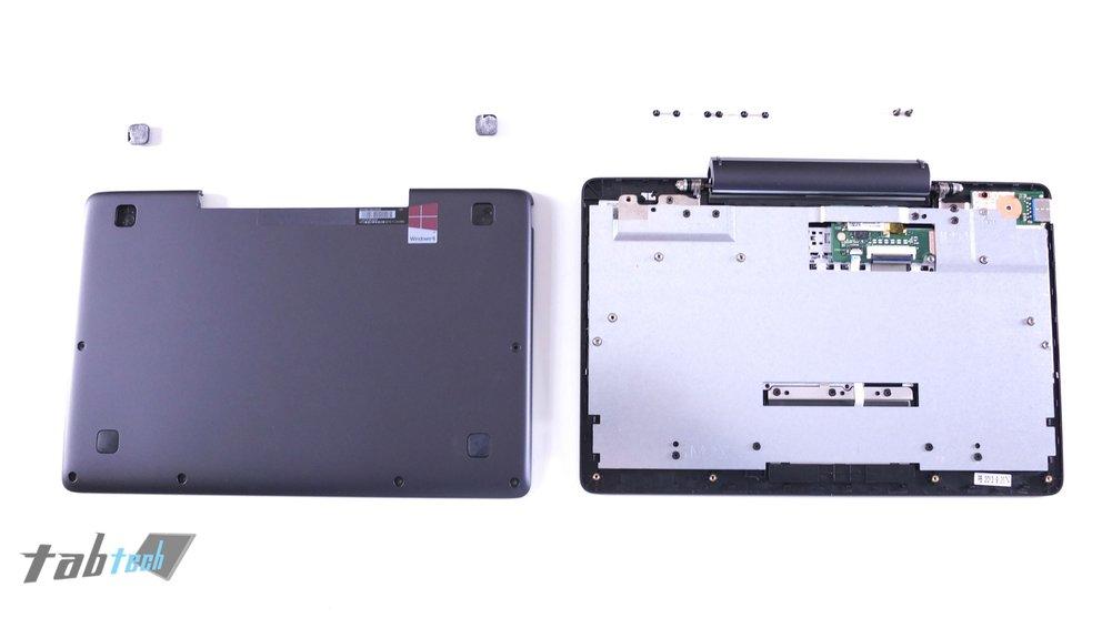 Tastatur Dock des Asus Transoformer Book T100TA ohne HDD zerlegt
