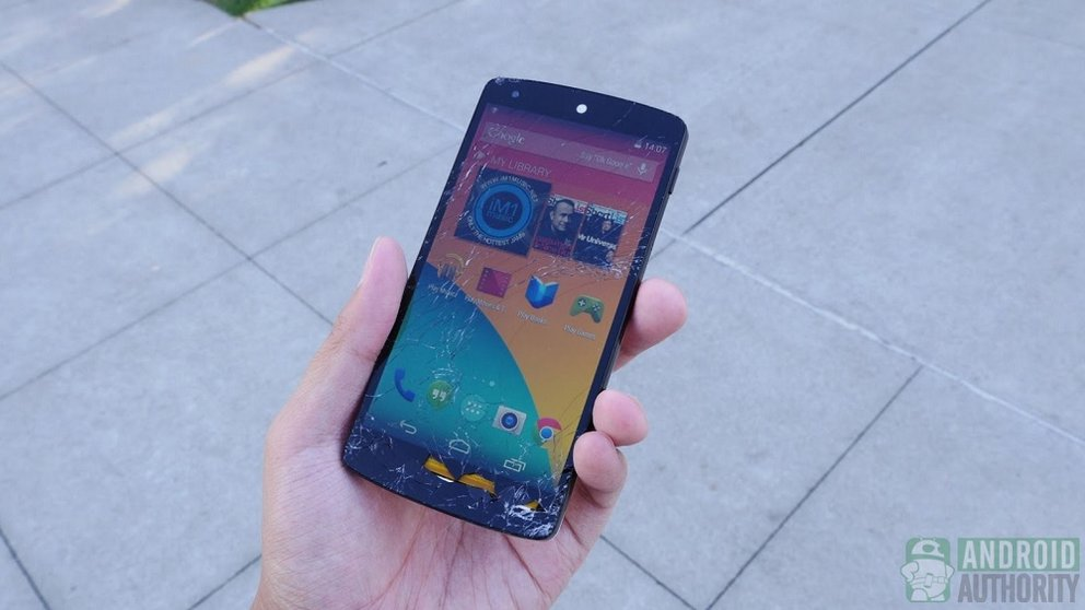 Nexus 5 Drop Test auf dem Google Campus