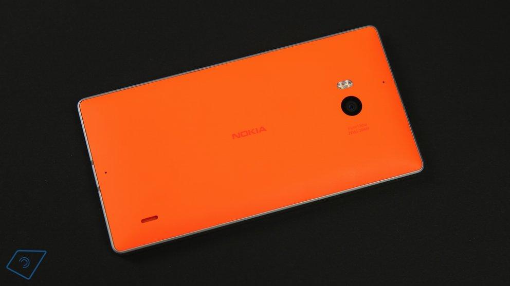 Lumia 930 Back 4