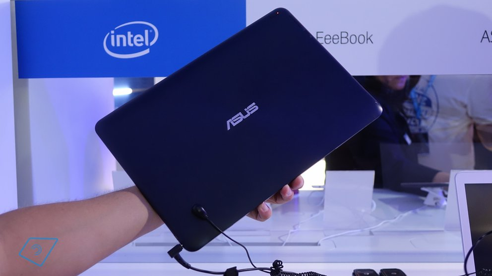 Asus Transformer Book T300FA hands-on-6