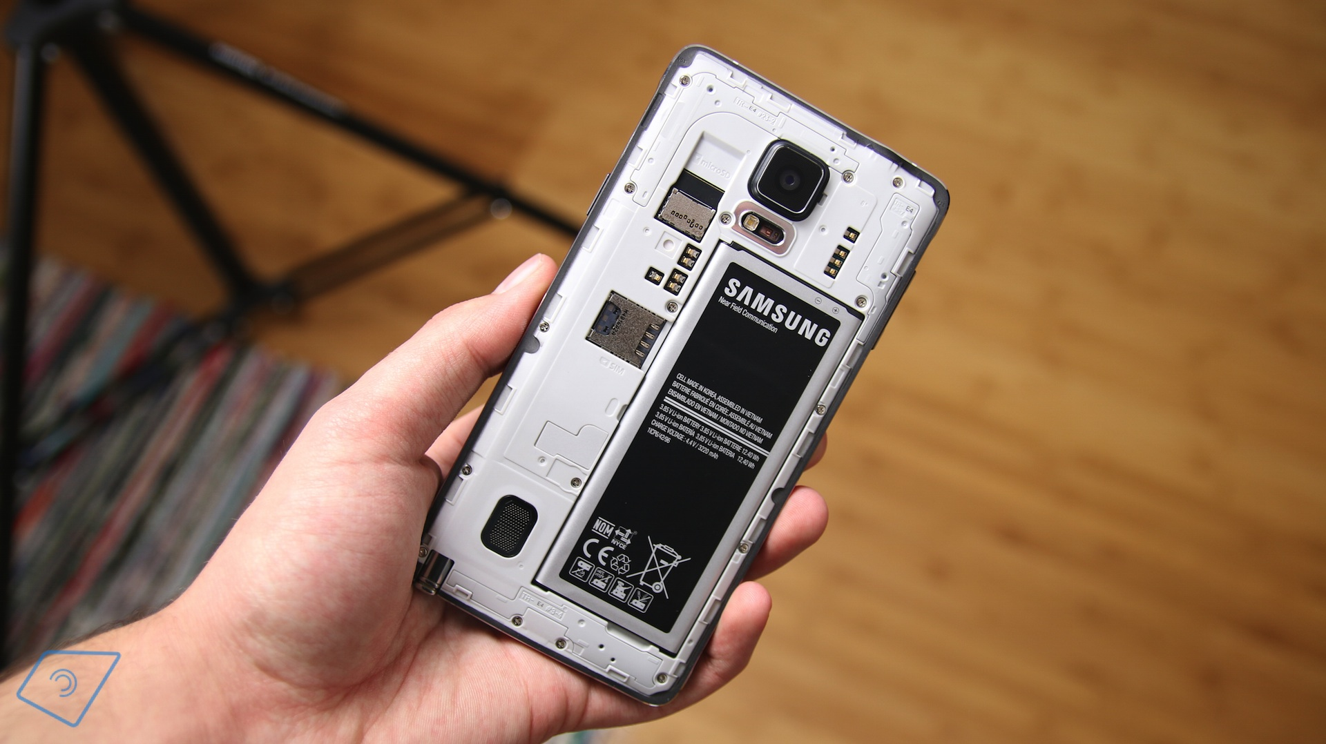 Note 4 Back