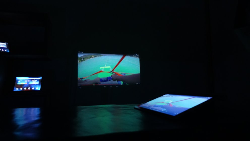 Projector Yoga Tablet 2 Pro