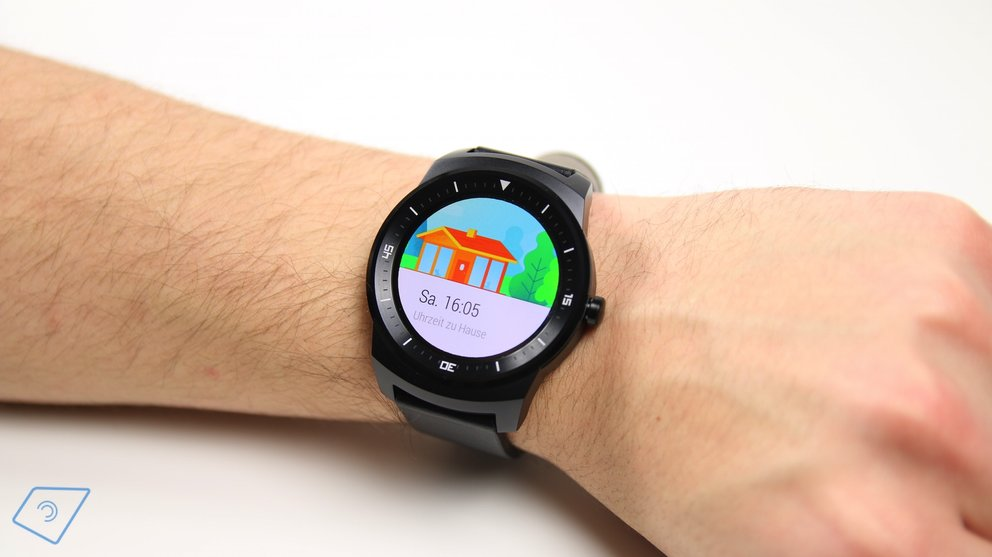 G Watch R Display