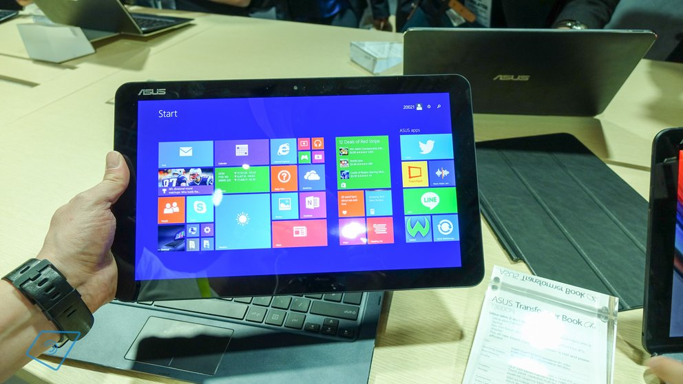 Asus Transformer Book T300 Chi hands-on-1
