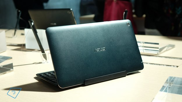 Asus Transformer Book T90 Chi, T100 Chi & T300 Chi: Erster Eindruck in Hands-On Videos (CES 2015)