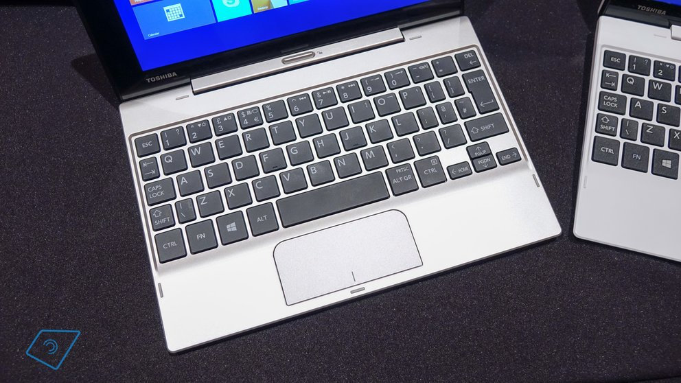 Toshiba Satellite Click Mini-6