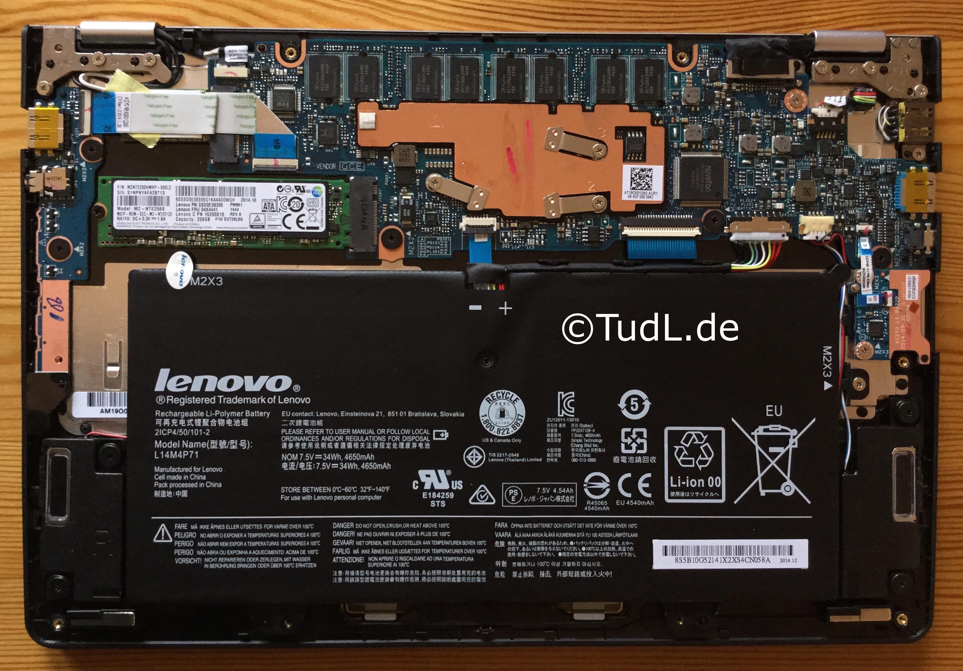 Lenovo Yoga 3 11 von innen: SSD leicht austauschbar