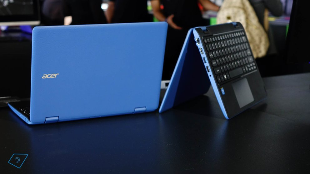 Acer Aspire R 11 hands-on-1