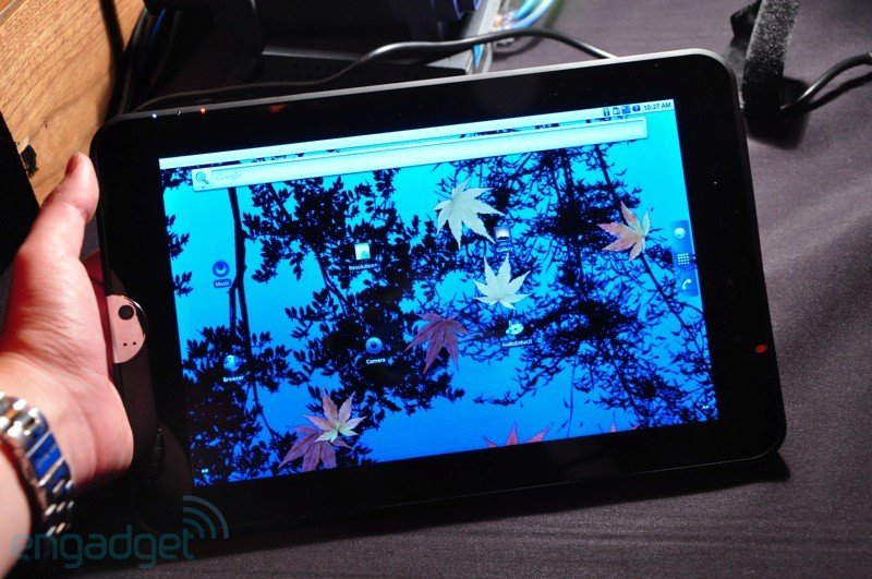 Namenloses Toshiba Tegra 2-Tablet: Hands-On [CES 2011]