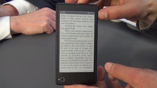 YotaPhone: Hands-On mit dem Dual-Screen-Smartphone [MWC 2013]
